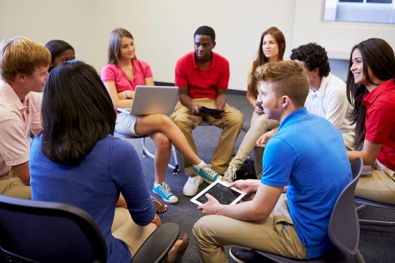 La importancia de la oratoria y el debate en la educación. Cómo se trabaja en los colegios BSS